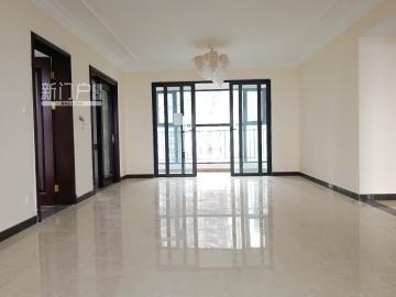 恒大南湖半岛  4室2厅2卫    190.0万